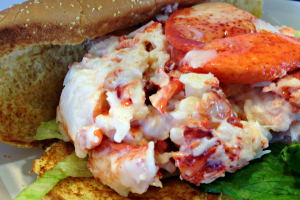 mcdonalds-lobster-roll-featured